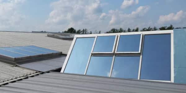 Industriedach mit Sonnenschutzfolie